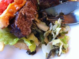 博多バーガーの高菜