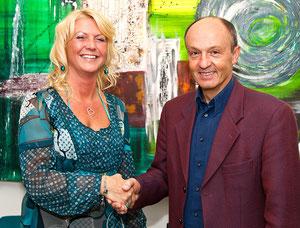 Vernissage in der Rathausgalerie in Seewalchen-Bürgermeister Johann Reiter und ich