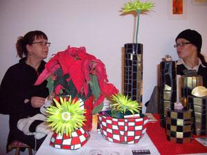 Vasen - Objekte von mosaicked-berlin