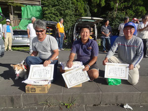 GM級入賞者 左より優勝川延智英 2位水沼泰之3位高橋明男