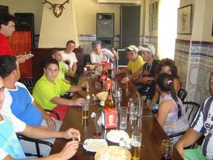 Almuerzo en grupo de los Pescadores