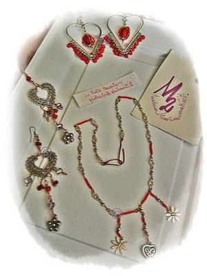 Folk Hearts  Necklace - 15,00 Euro