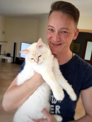 Thomas Weber mit Birma-Katze Vincent