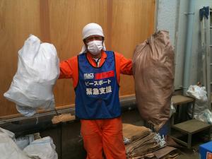 2011年5月 ボランティア作業中のシゲさん