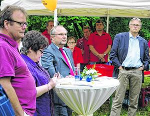 Süssendell: Zum ersten Mal knallte es im Juli zwischen AWO und Stadtverwaltung: Geschäftsführer Hans-Peter Barbeln, die Vorsitzenden Beate Ruhland und Andreas Johnsen sowie Fachbereichsleiter Andreas Pickhardt (v.l.).