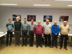 Der neue Vorstand der Kreisgruppe Nürnberg von links: Daniel Schanz, Falk Grimmer, Bernd Michl, Volker Mittenzwei, Walter Dietrich-Götz, Klaus Jäger, Diether Burg, Dieter Kaus (Bild: Simone Reuter)
