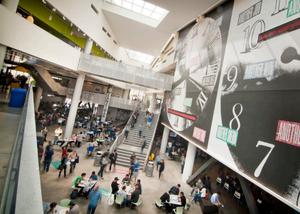 UCSDのプライスセンター内