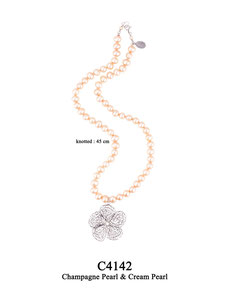C4142 OXI 130, GP 150: OXI KNOTTED NECKLACE CHAMPAGNE & CREAM PEARL, FILIGREE FLOWER.