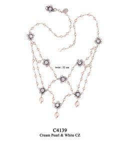 C4139 OXI 180, GP 210: OXI NECKLACE CREAM PEARL, 8 FILIGREE FLOWERS W/ WHITE CZ IN EACH FLOWER. FLOWER & WHITE CZ ON CLASP.