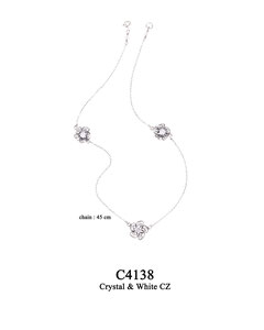 C4138 OXI 69, GP 79: OXI TWIST NECKLACE, 3 FILIGREE FLOWERS W/ WHITE CZ IN EACH FLOWER. CRYSTAL NEAR CLASP.