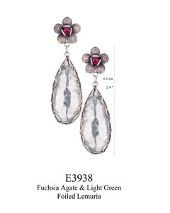 E3938 OXI 140, GP 160:OXI FILIGREE POST EARRING FUCHSIA AGATE IN CUP W/ LIGHT GREEN FOILED AQUA LEMURIA DROP.
