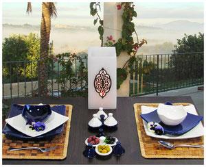 Keramik Geschirr-Set gedeckter Tisch Teller Schale  Geschirrset blau/weiß Quadrato Casa Mina Design