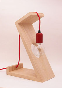 lampe contemporaine bois rouge