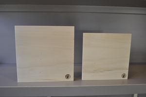 icho  まな板  21.5×21.5 ¥ 2,400       24×24    ¥  3,000