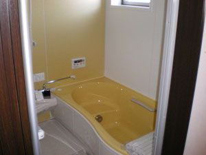 バスルーム 暖色は身も心も温めてくれます。おススメです。