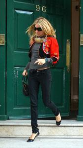 Sienna Miller leaving a Harley Street practise. London UK