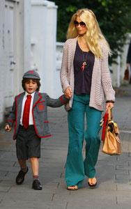 Claudia Schiffer on the school run. London UK