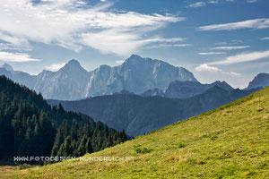 Kärnten, Dreiländereck bei Arnoldstein, Blick zum Mangart (Fotodesign-Wunderlich)
