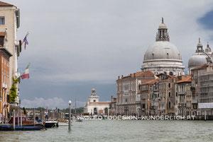 Am Canale Grande, Santa Maria della Salute  (Fotodesign-Wunderlich)