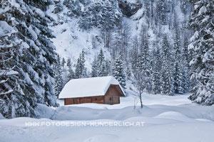 Hütte im Pisnica - Tal, Triglav - Nationalpark, bei Kranjska Gora (Fotodesign-Wunderlich)