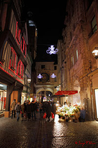 Rue du Gros Horloge - Noël 2011 - Rouen - Seine Maritime - Haute Normandie - France