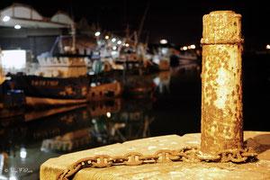 Le port de pêche la nuit de Dieppe (Haute Normandie - France - Juin 2012)