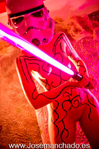 bodypaint star wars, body paint star wars, body paint storm trooper, star wars sexy