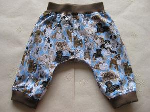 Voor: Katoenen broekje met honden.