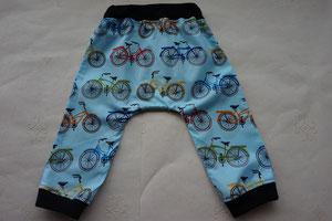 Achter: Katoenen broekje met fietsen.