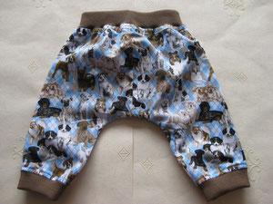 Achter: Katoenen broekje met honden.