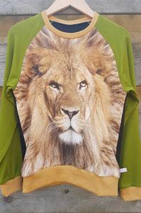 Voor: Longsleeve Leeuw, maat 140/146