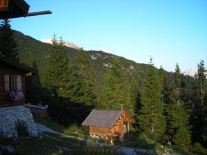 Auf der Pleisenhütte (mit Antoniuskapelle)