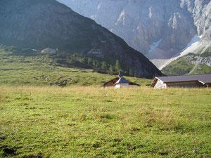 unterhalb Karwendelhaus