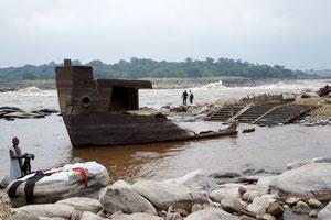 Barge échouée
