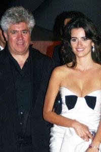 Penelope CRUZ et Pedro ALMODOVAR - Festival de Cannes 2006 © Anik COUBLE