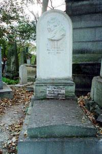 Gossec murió en 1829. Está enterrado en el Cementerio Père-Lachaise de París, junto a la tumba de su amigo Gretry.