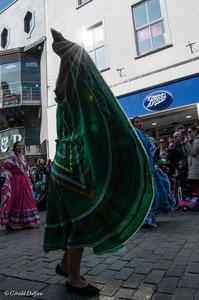 Irlande, Comté du Connemara, Galway, parade de la St-Patrick, flammenco