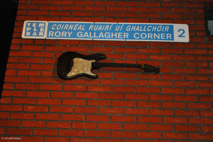 Guitare de Rory Gallagher dans le quartier de Temple Bar à Dublin