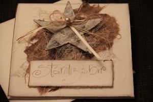 """weihnachtskarte """"stärnlizauber"""", format 15,5 x 15,5 cm, weiss mit birkenstern und perle, mit innenblatt und passendem couvert, fr. 11.50"""