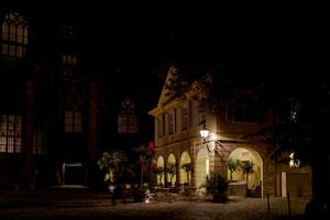 Alte Wache bei Nacht