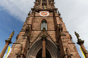 Turm des Freiburger Münsters