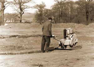 Bodenverfestigungen für ein neues Kugeltanklager - März 1969