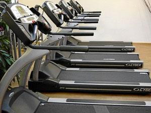 Laufband im Fitnesscenter