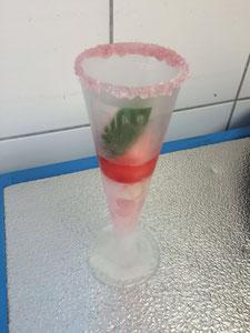 Grapefruit - Rose Sorbet mit Sanbitter und Minze