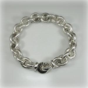 Klassische Ankerkette in Silber als Armband, schöne ca. 150 Gramm schwer.
