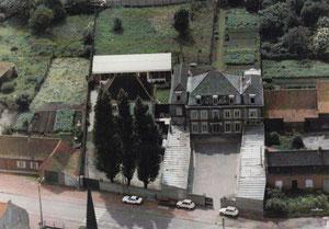 Vue aérienne Ecole du Sacré Coeur dans les années 80