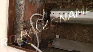 Motore Elettrico della Tapparella collegato ai cavi elettrici