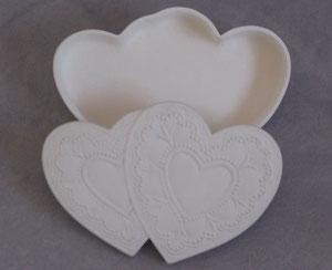 Boîte double coeur Idée décorative pour vos centre de table ou pour y mettre les dragées