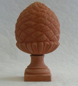 Pigne petit modèle D hauteur avec pied environ 42 cm hauteur sans pied environ 29 cm diamètre environ 22 cm