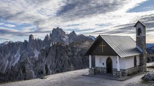 Kapelle in den Dolomiten